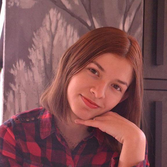 Надежда Савина - Копирайтер команды ZDM-auto